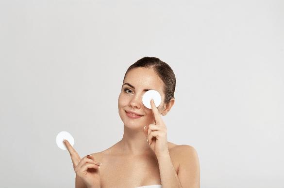private label skin care AHA/BHA Toner